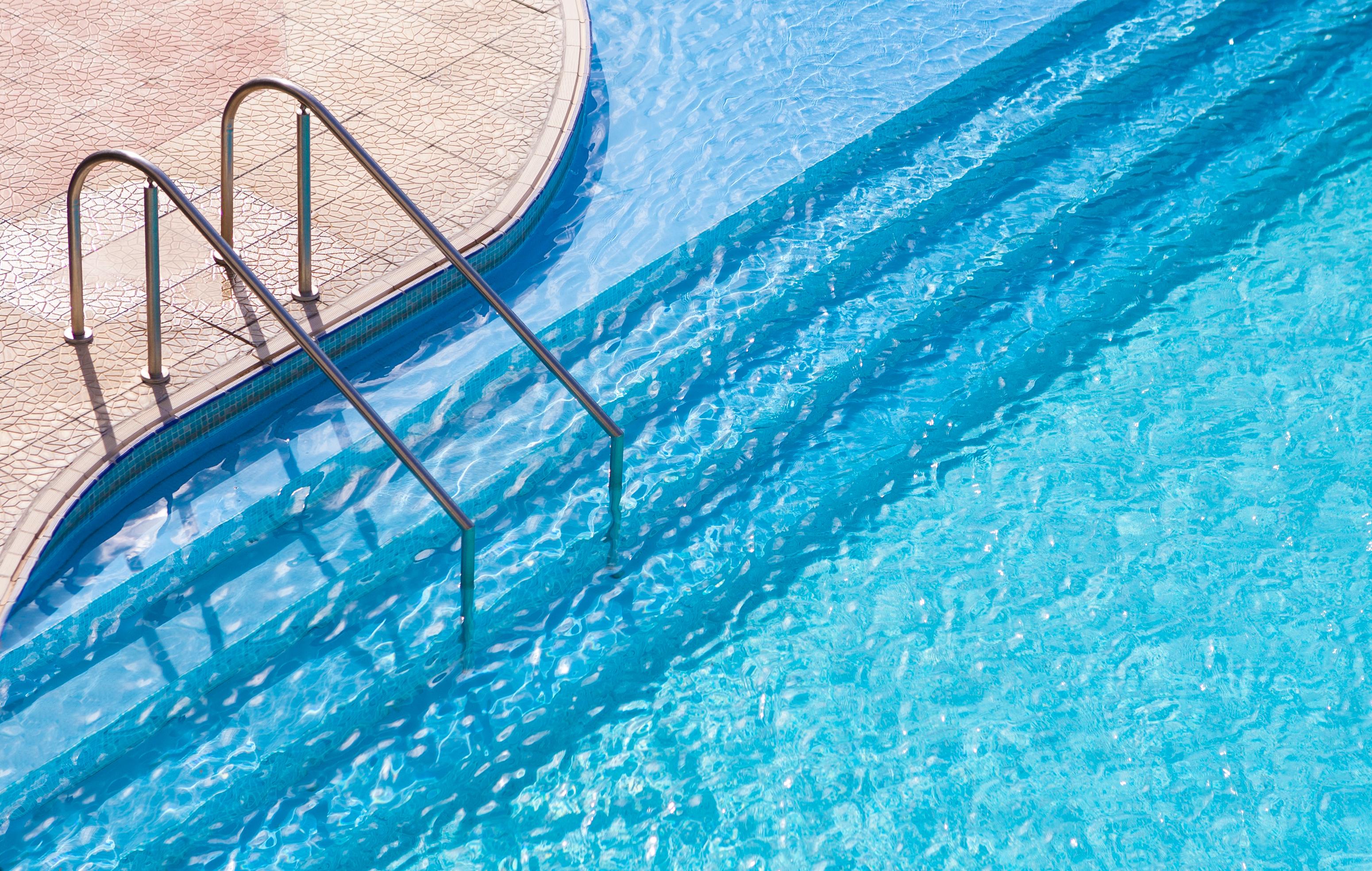 Pool Cleaning Reseda
