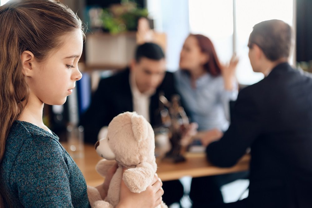 importance of hiring a child custody lawyer - Cominos Family Lawyer